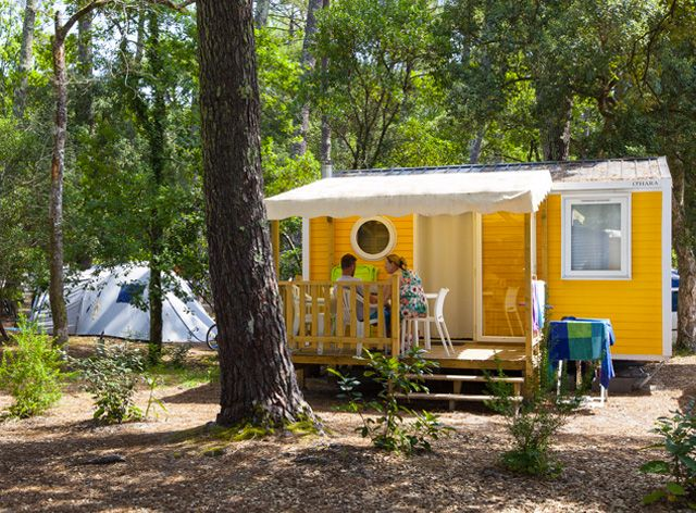 Camping seignosse location mobil home seignosse for Camping dans les landes avec piscine